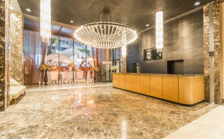 oryginalna lampa, designerska lampa do hotelu, lampa do foyer, designeskie oświetlenie