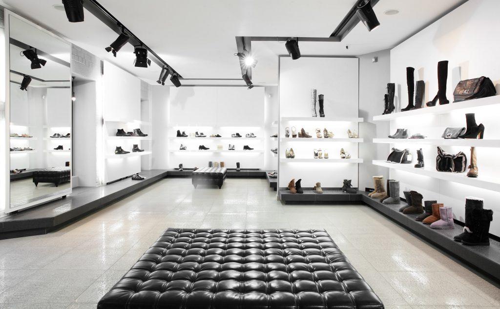 modne oświetlenie w nowoczesnych sklepach